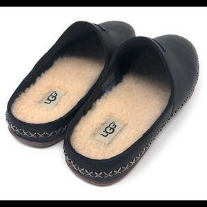 86aac66a8e0 UGG Australia Tamara Black Leather Slip On Size 7 NWT